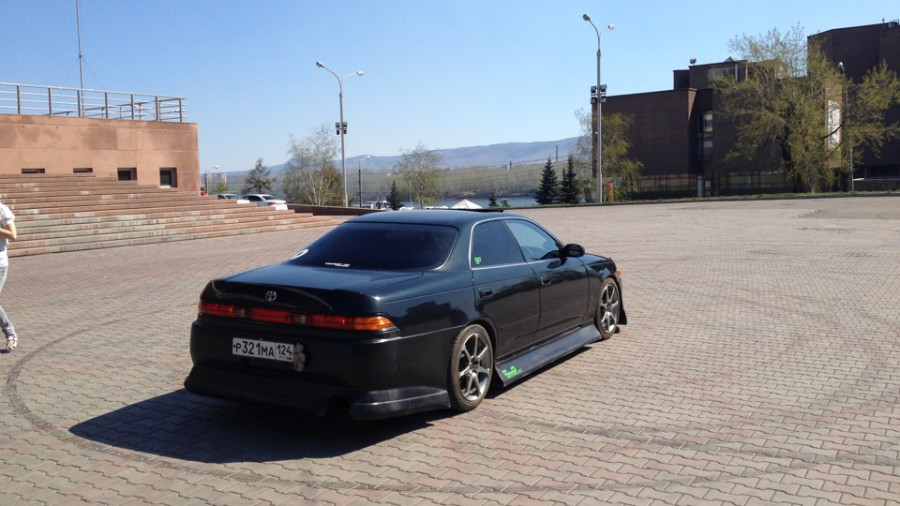 Toyota Mark II 90 wheels AVS Model 7 DR