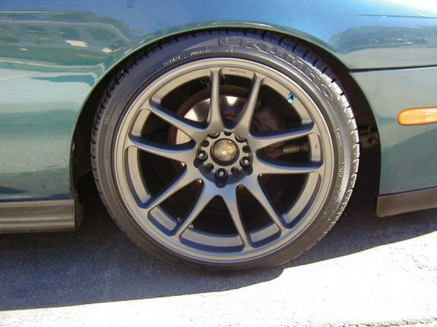 Nissan Silvia S14 wheels Work Emotion CR KAI 18″ 9.5J ET12 225/40