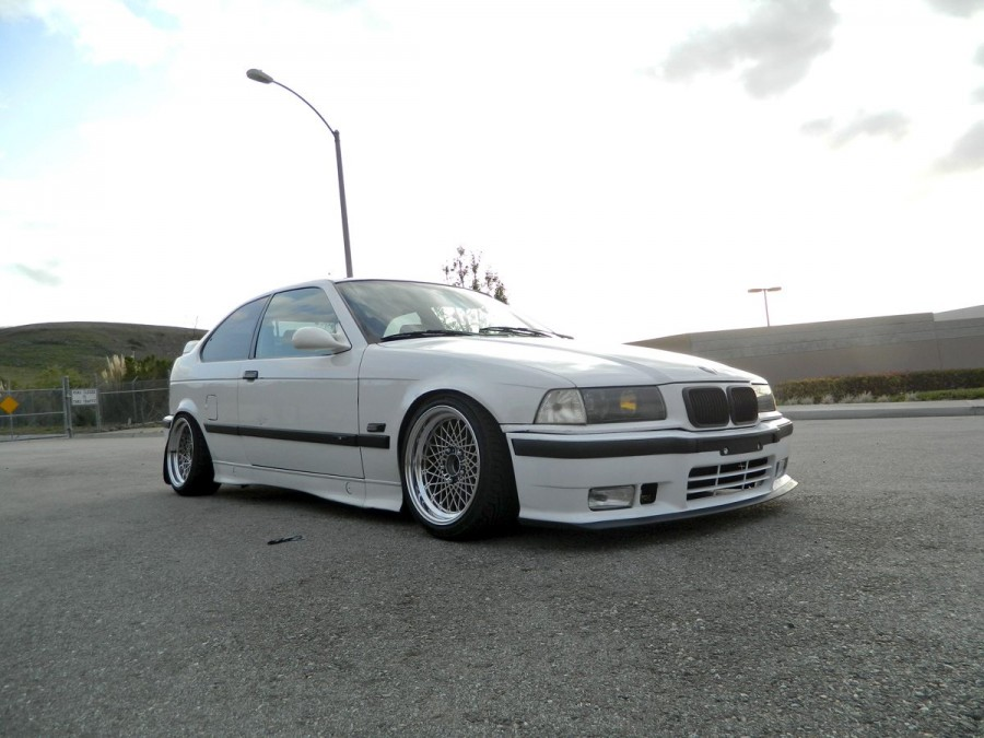 BMW 3 series E36 wheels Hayashi Racing Equipment HR504 16″ 8J ET-5 205/40 318ti Tessa