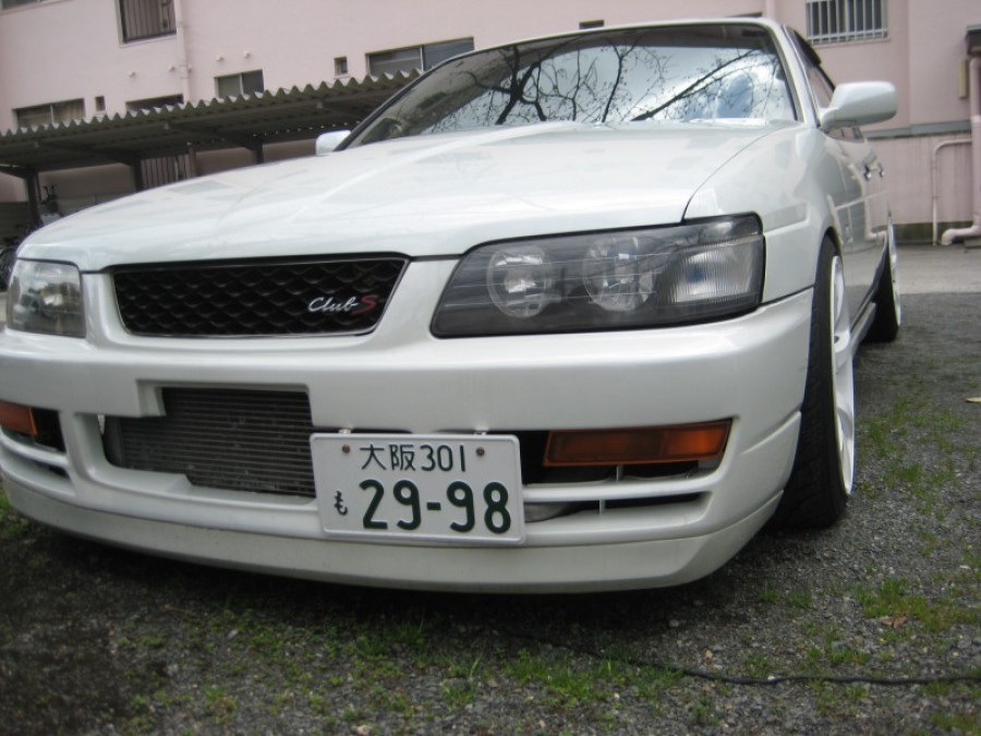 Nissan Laurel C35 wheels Work Emotion XT7 18″ 9.5J ET12 225/40 ET7